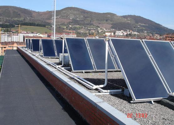 Solar en campo de fútbol